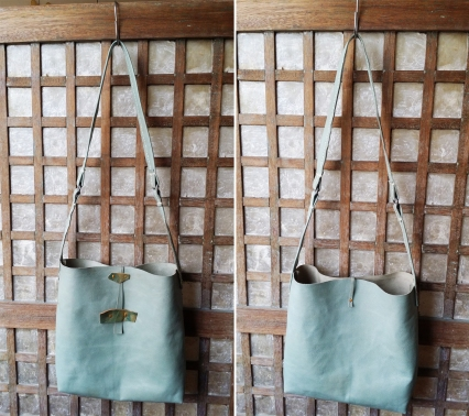 blue tote front & back